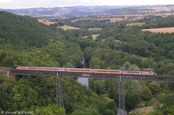 RTG T2033-T2034 on Rouzat's viaduct.