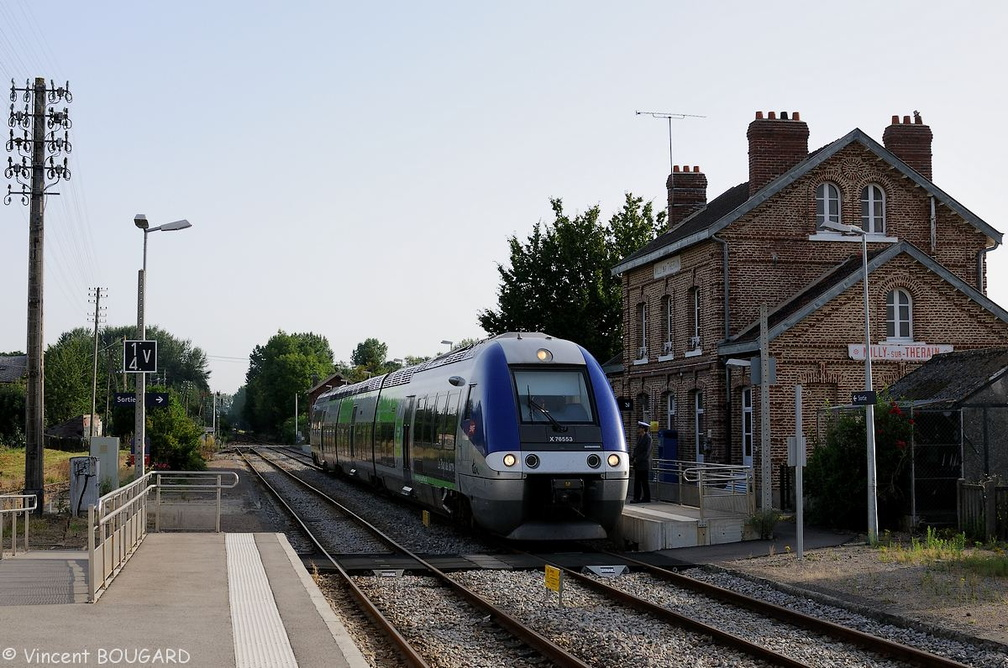 X76553 at Milly-sur-Thérain.