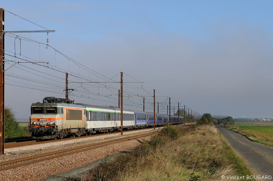 BB22345 near Rouvray-St-Denis.
