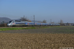 TGV POS 4401 at Beynost.