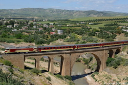 DF109 on Bouhlou's viaduct.