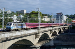 BB26164 arrive at Lyon.