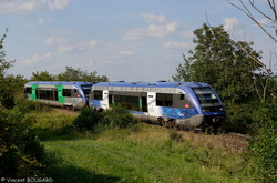 X73607 and X73685 near Bellenaves.